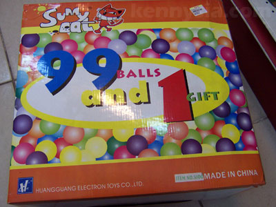 Box of balls, front shot
